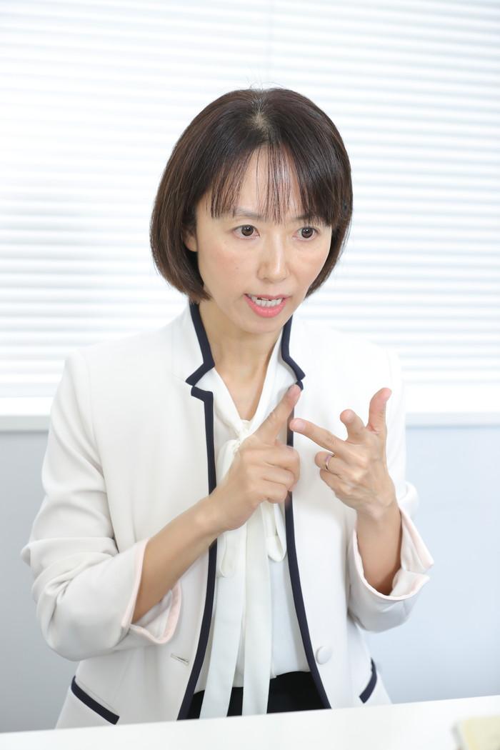 鏡久美子先生